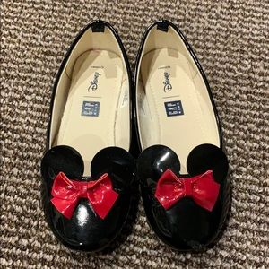 GAP x Disney Minnie Patent Slip-ons